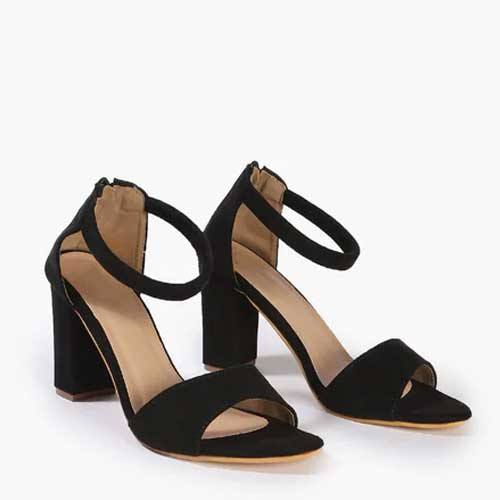 womens classic black stilettoes